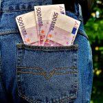 パチンコ業界 依存症対策を名目に金儲けか